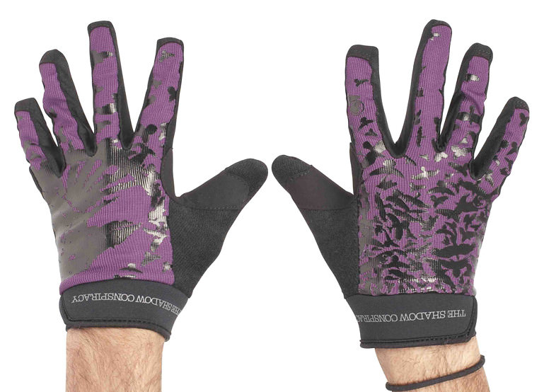 Shadow Crow Pattern Gloves